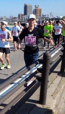新潟マラソン2014関屋大橋にて.jpg